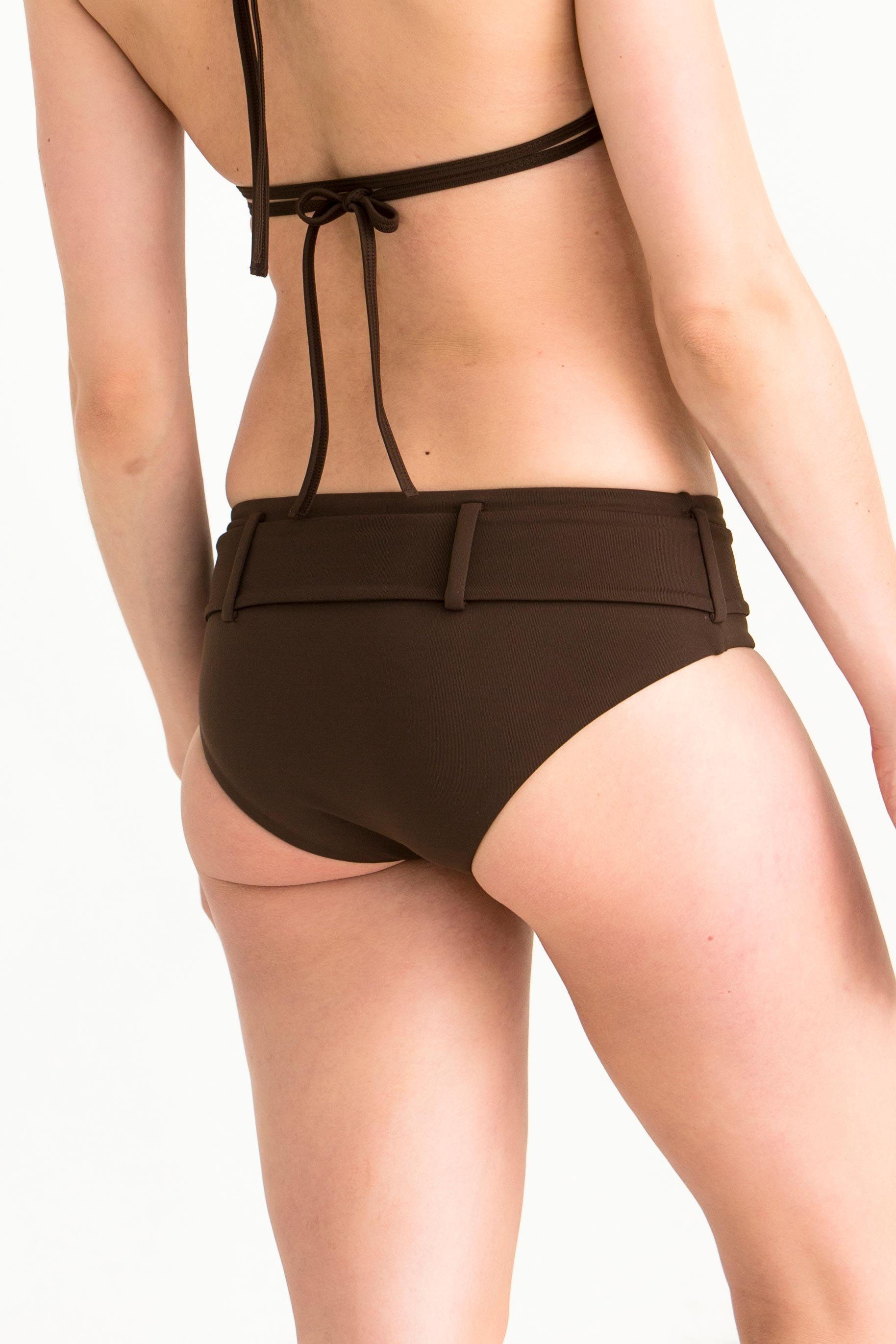 bib-bottom-belted-uni-ursula-choco10